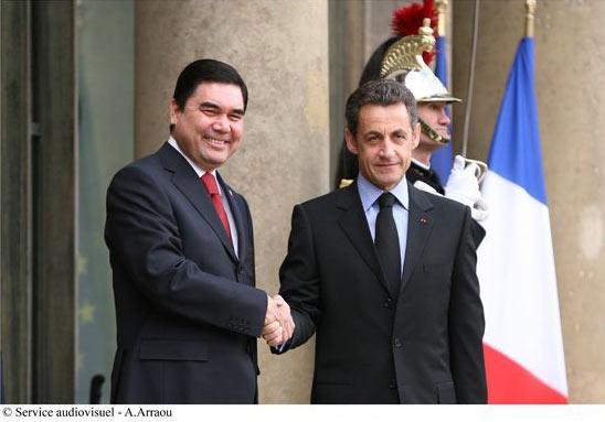 Gourbanguly Berdymoukhamedov avec Nicolas Sarkozy