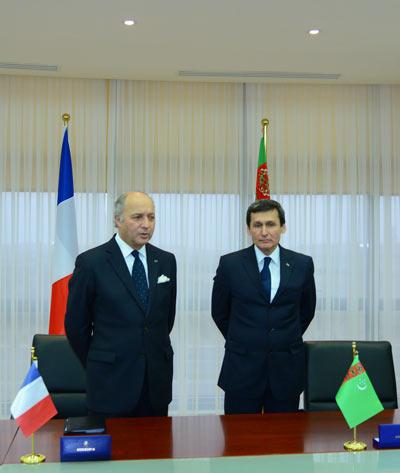 Laurent Fabius avec Rachid Meredov